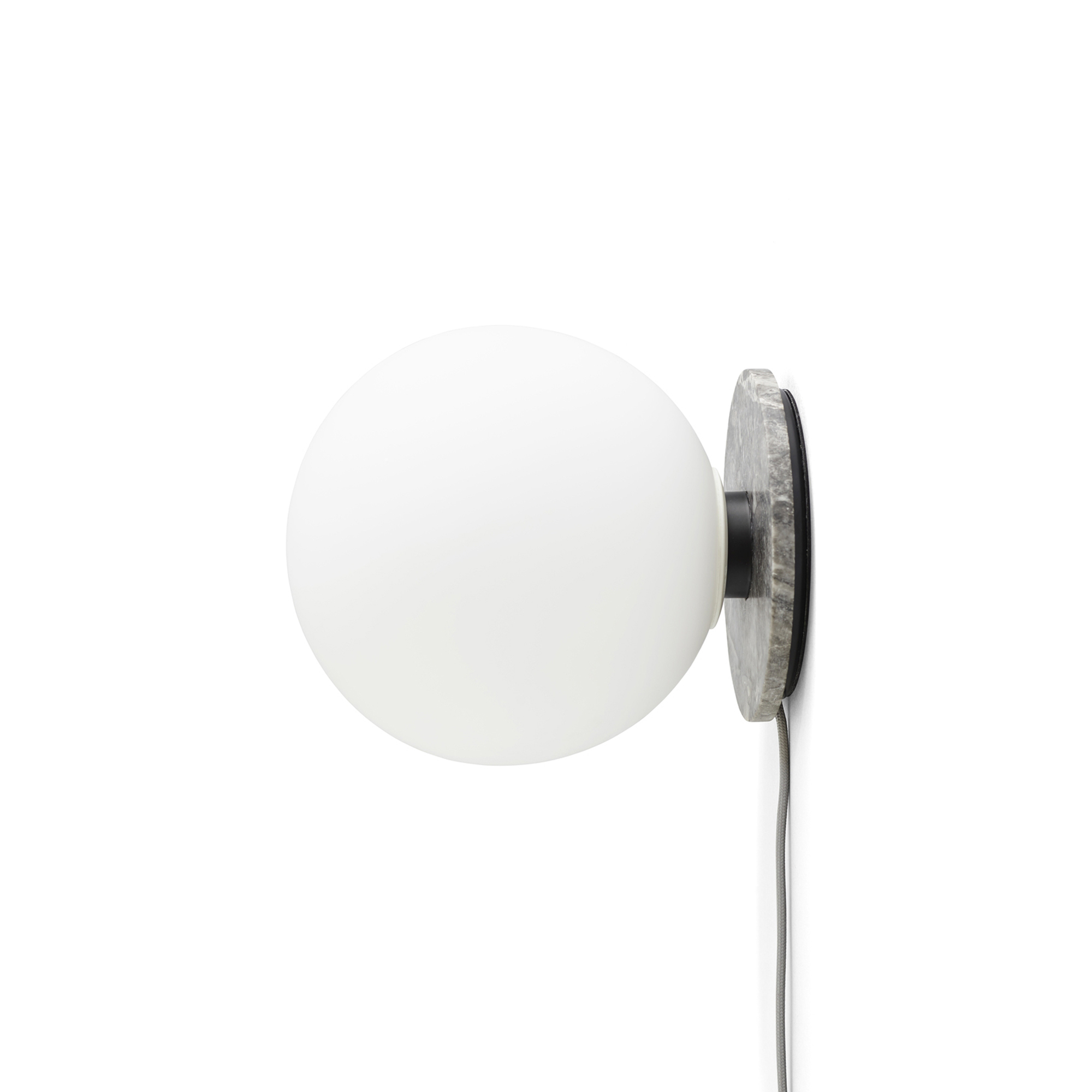 Designtorget Bord/vägglampa TR bulb matt